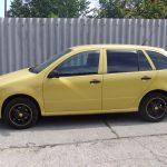 Autófólia - sárga Skoda